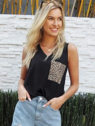V-Neck Leopard Patched Pocket Women's Tank Top